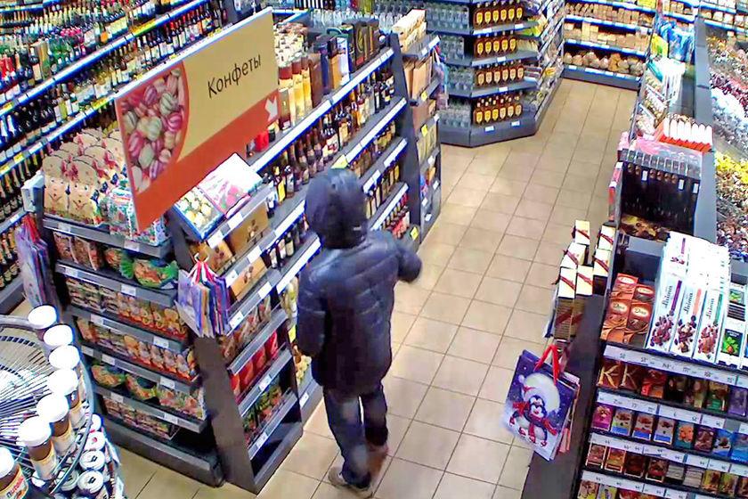кражи из магазинов складов и предприятий чаще совершаются в Экий все