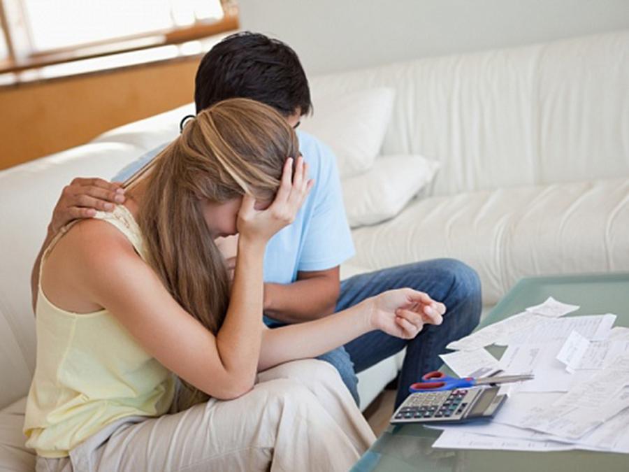 может ли банк за долги отобрать квартиру поверхности